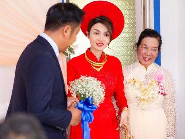 Khoảnh khắc hạnh phúc trong lễ cưới Đình Hiếu Cổng mặt trời ở Cà Mau - 4