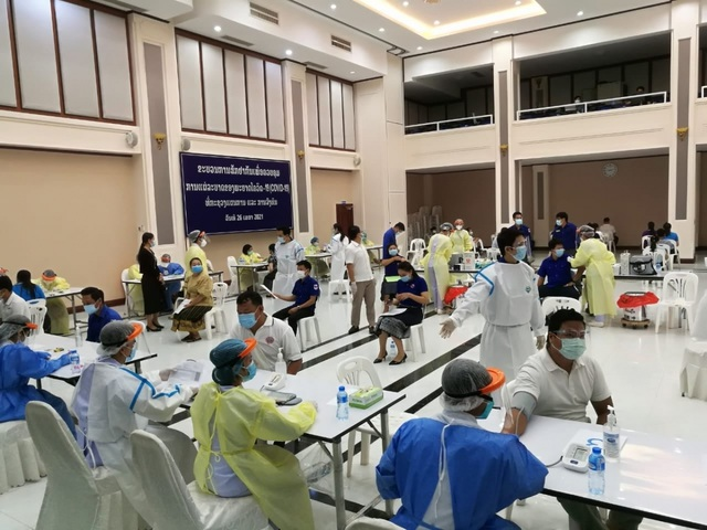 Người Việt tại Lào chung tay chống dịch Covid-19 - 1