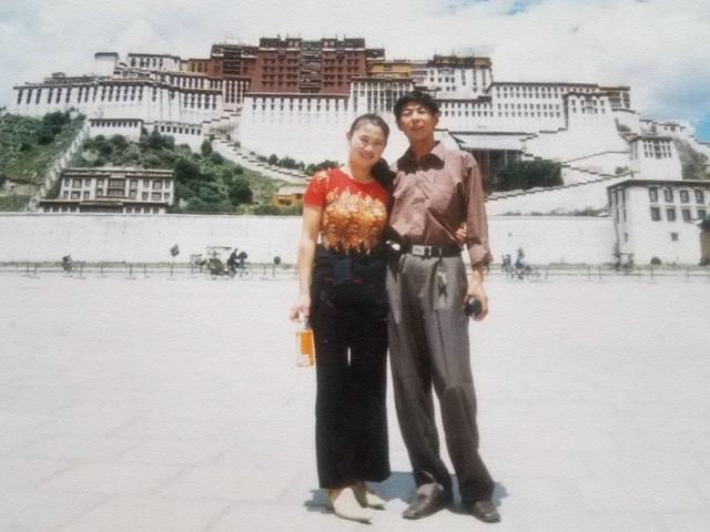 Người phụ nữ 18 năm sống cùng chồng trên xe tải - 2