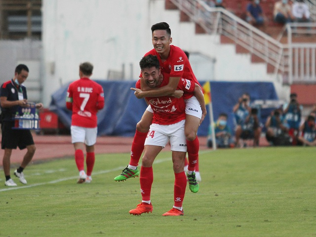 Lee Nguyễn được ca tụng sau khi giúp CLB TPHCM thắng đậm Hải Phòng - 5