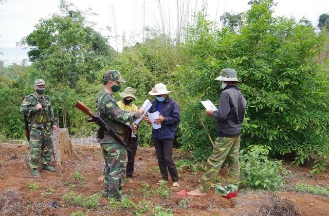 Tăng cường bộ đội khóa chặt biên giới, chặn dịch Covid-19 từ Campuchia - 1
