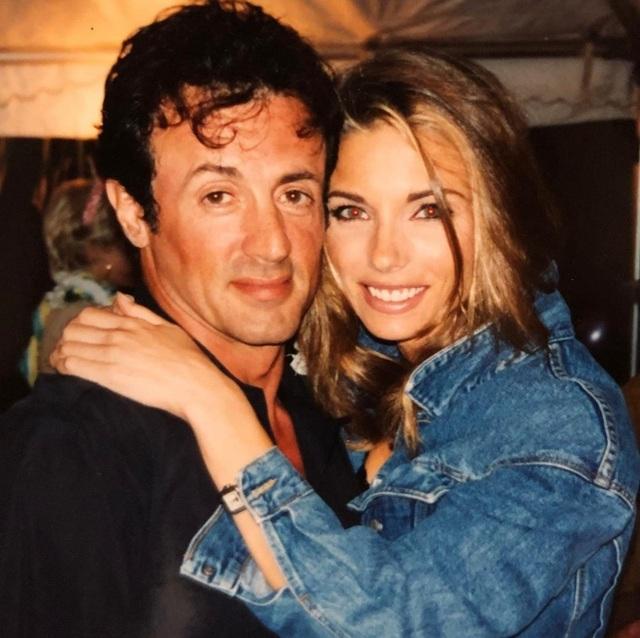 Ảnh hiếm về Rambo Sylvester Stallone và vợ kém 22 tuổi - 5