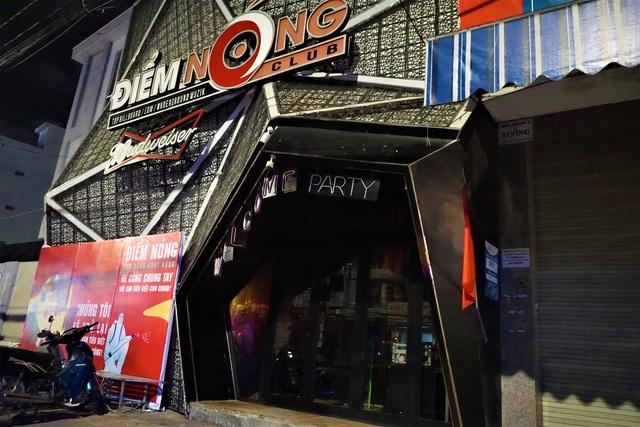 Karaoke, vũ trường cửa đóng then cài phòng, chống dịch Covid-19 - 7
