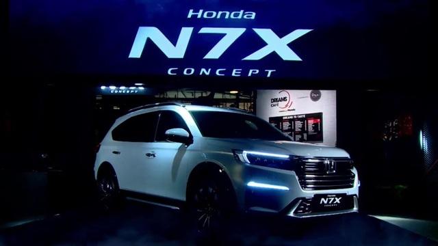 Mẫu SUV 7 chỗ Honda BR-V chuẩn bị lột xác? - 1