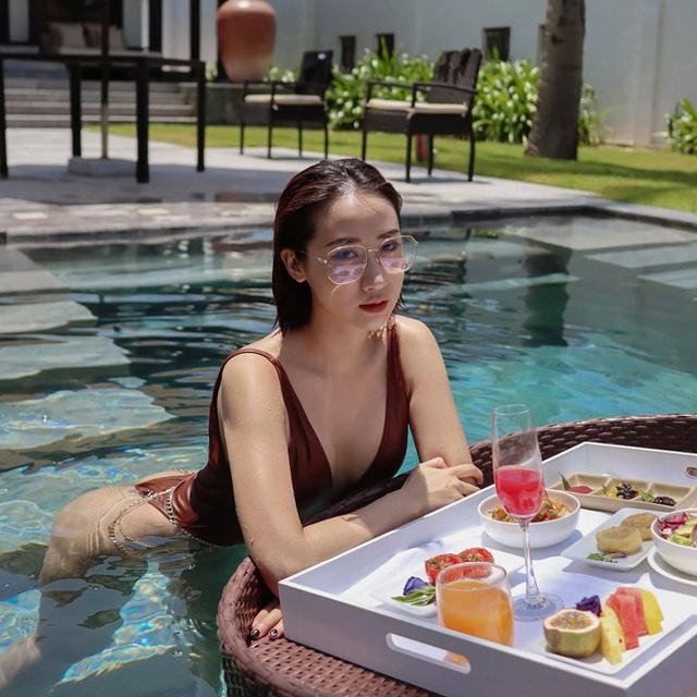 Hot girl Hà thành đốt cháy mùa hè bằng loạt ảnh diện bikini nóng bỏng - 5