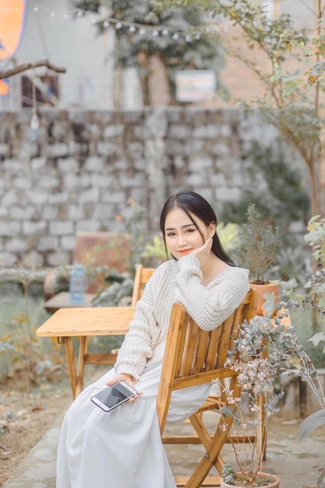Nàng thơ trường Ngoại ngữ đốn tim dân mạng với nét đẹp ngọt ngào - 6