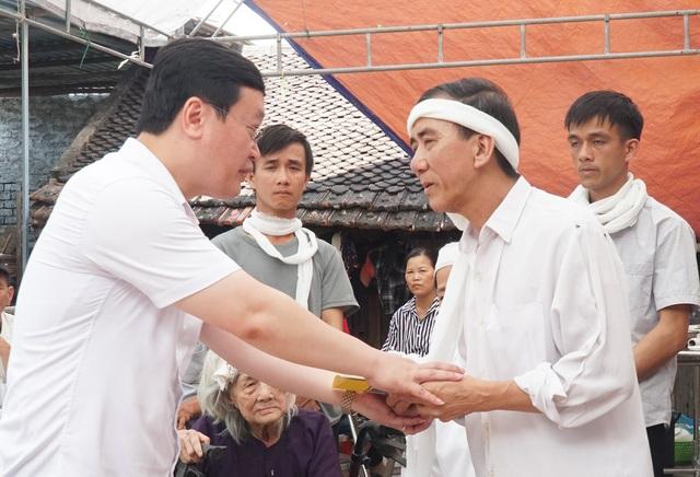 Chủ tịch tỉnh Nghệ An: Hành động của em Nhã rất dũng cảm, đáng tự hào - 2