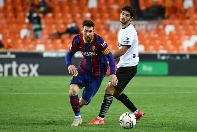 Messi họp khẩn dàn sao Barcelona ở nhà riêng trước trận đấu sống còn - 2