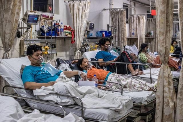 Vượt kỷ lục 20 triệu ca nhiễm, Ấn Độ tranh cãi lệnh phong tỏa - 1
