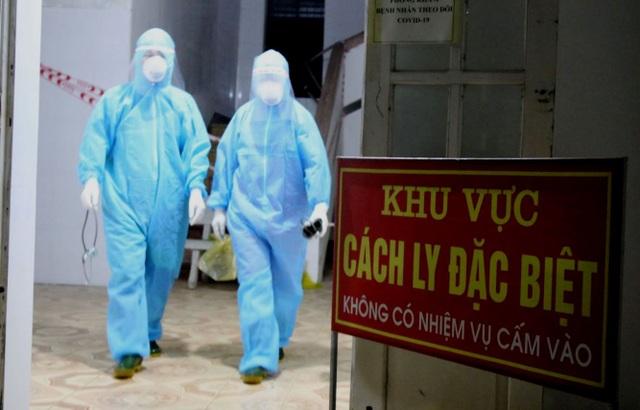 Một phụ nữ từ Lào về dương tính với SARS - CoV-2, sau 2 lần âm tính - 1