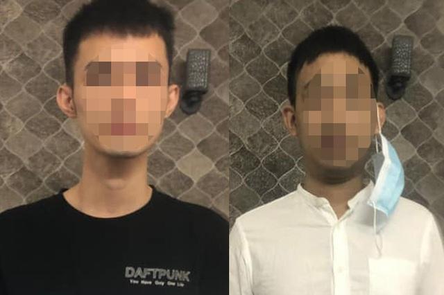 Bắt 2 người Trung Quốc trốn khỏi khu cách ly ở TPHCM - 1