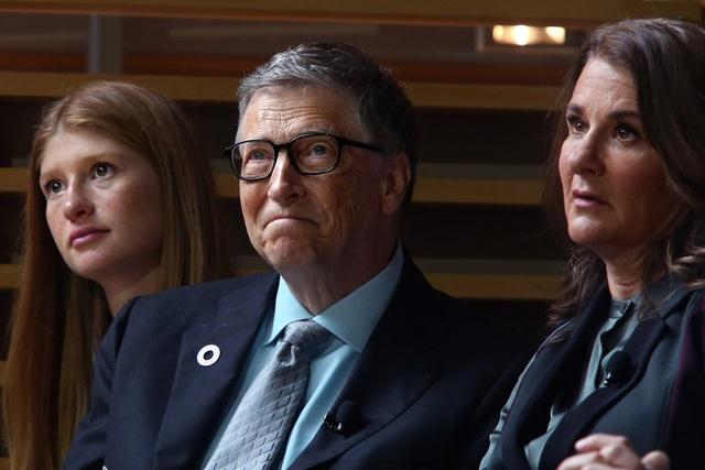 Con gái tỷ phú Bill Gates trải lòng về hôn nhân đổ vỡ của cha mẹ - 1