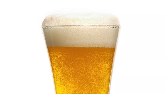Một ly bia có thể tạo ra khoảng 200.000 đến 2 triệu bọt bong bóng - 1