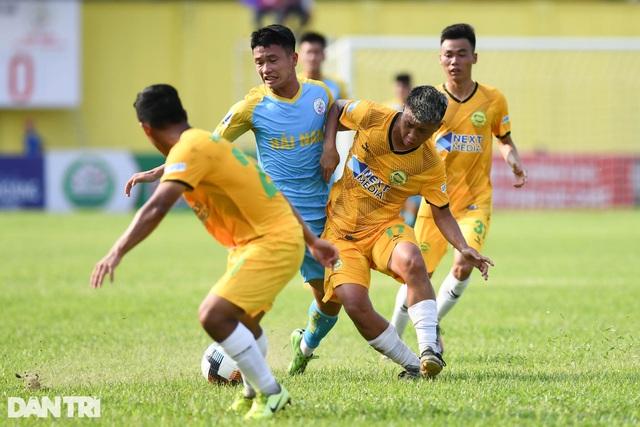 Hòa Bình FC có điểm số đầu tiên trong ngày khai mạc giải hạng nhì 2021 - 6