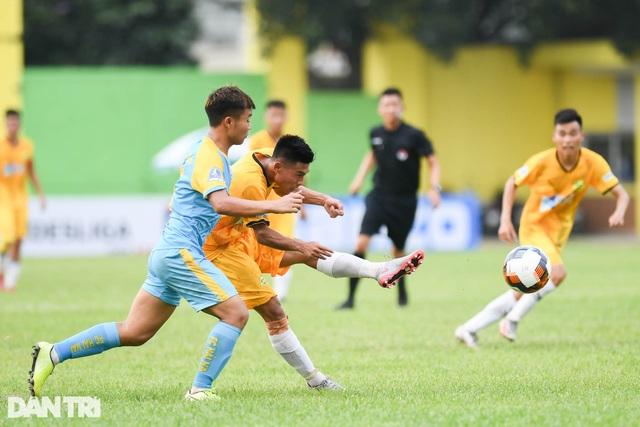 Hòa Bình FC có điểm số đầu tiên trong ngày khai mạc giải hạng nhì 2021 - 5