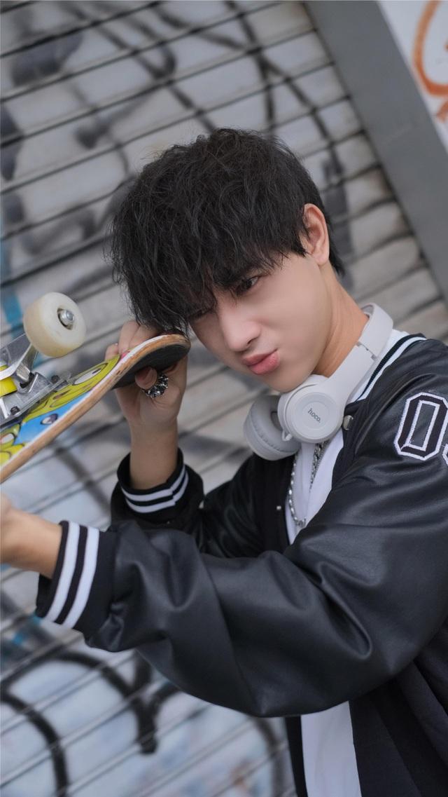 Hot boy Cao Bằng điển trai nghiền làm từ thiện, yêu động vật - 7