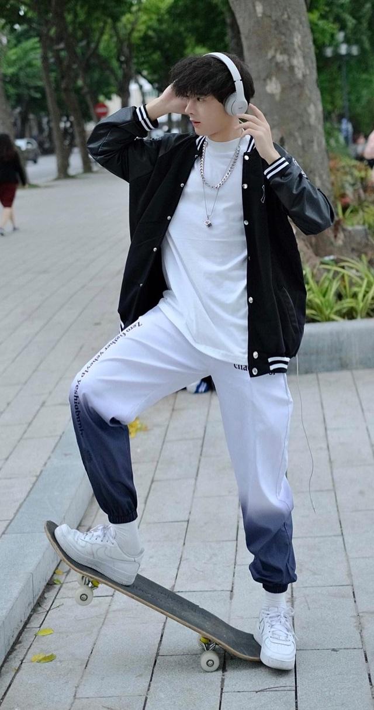 Hot boy Cao Bằng điển trai nghiền làm từ thiện, yêu động vật - 8
