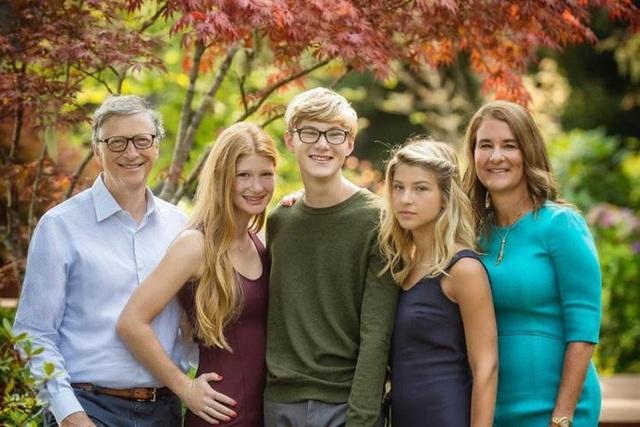Tỷ phú Bill Gates: Lập quy tắc, con đủ 13 tuổi mới được sử dụng điện thoại - 1