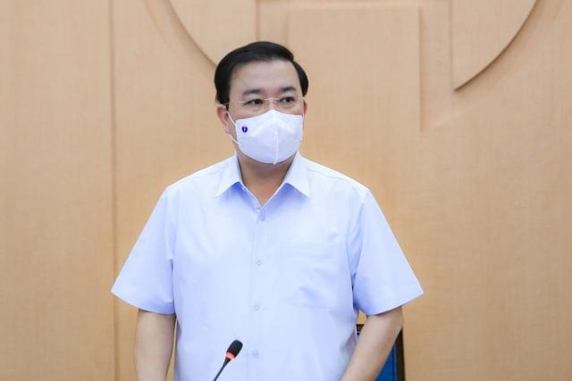 Một bác sĩ tại Bệnh viện trung ương dương tính SARS-CoV-2, F1 ở nhiều quận - 2