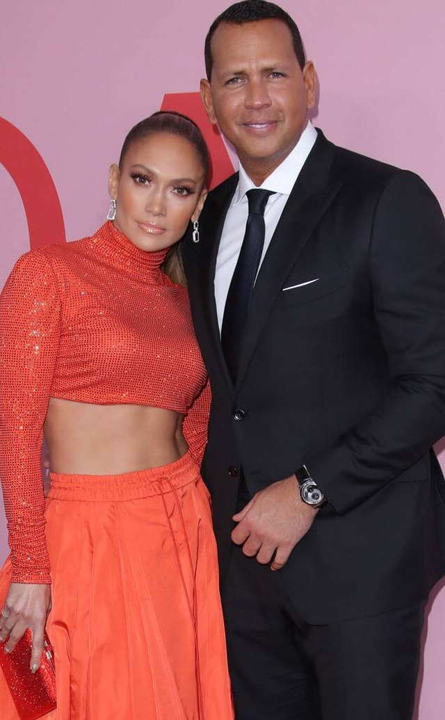 Jennifer Lopez mặc đồ bốc lửa, biểu diễn lôi cuốn - 7