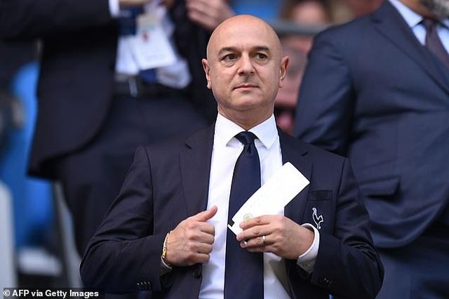 HLV Mourinho nhận được tiền lương bao nhiêu ở AS Roma? - 2