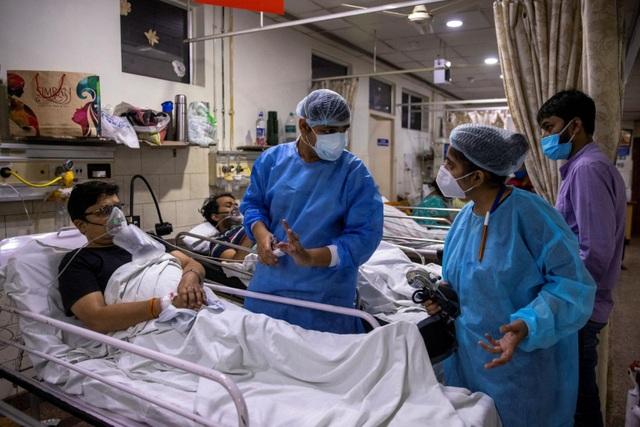 Lựa chọn sinh tử của bác sĩ Ấn Độ trong cuộc chiến Covid-19 - 2