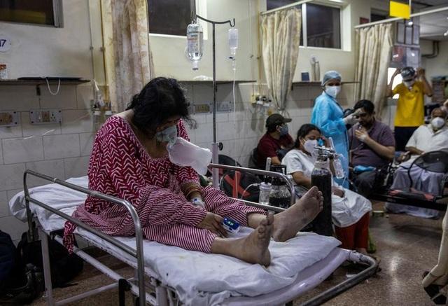 Chuyên gia cảnh báo Ấn Độ đối mặt những tuần khủng khiếp vì Covid-19 - 2