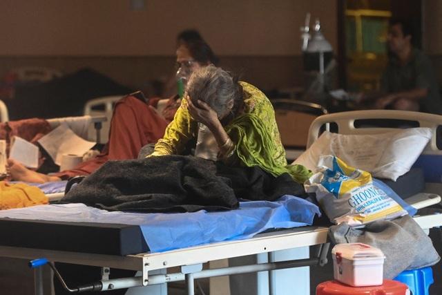 Chuyên gia cảnh báo Ấn Độ đối mặt những tuần khủng khiếp vì Covid-19 - 1
