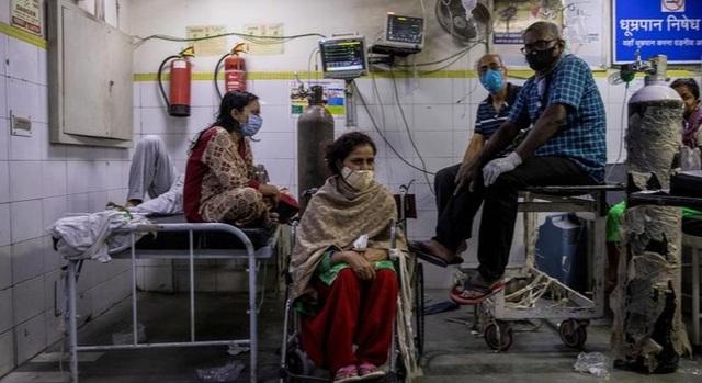 Ấn Độ trải qua tuần đen tối, chiếm 46% ca Covid-19 mới toàn cầu - 1