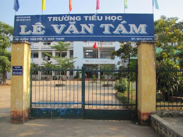 Một trường tiểu học bị phong tỏa, toàn bộ học sinh Long Khánh nghỉ học - 1
