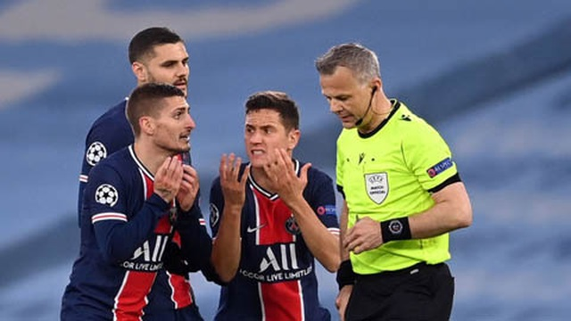 Trọng tài gây tranh cãi, bị tố văng tục với cầu thủ PSG - 1
