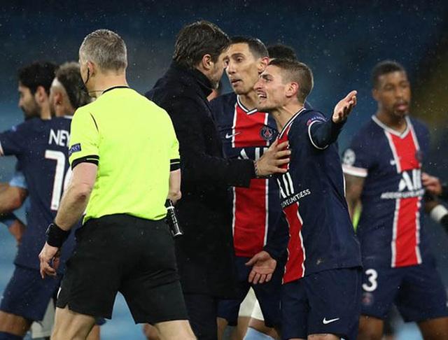 Trọng tài gây tranh cãi, bị tố văng tục với cầu thủ PSG - 2