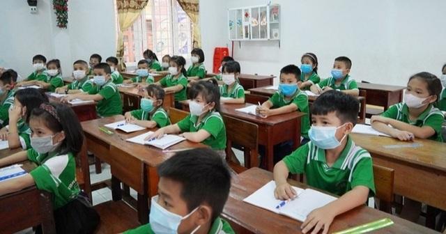 Covid-19: Quảng Bình cấm tổ chức dạy thêm, học thêm dưới mọi hình thức - 1