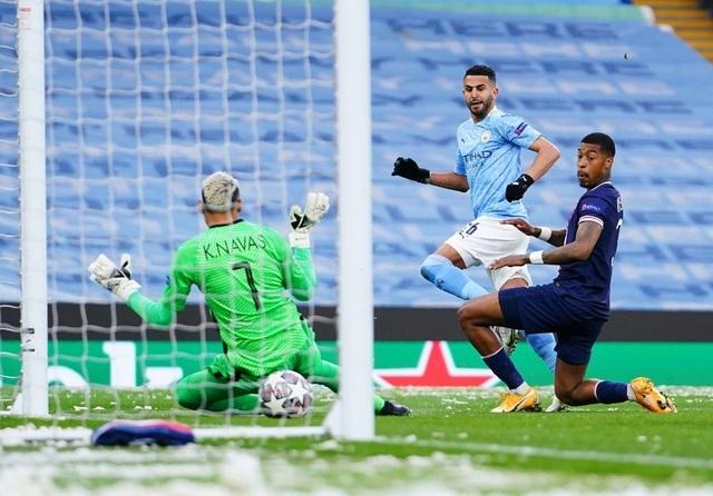 HLV Pep Guardiola: Chúng tôi chiến thắng PSG nhờ giữ được cái đầu lạnh - 1