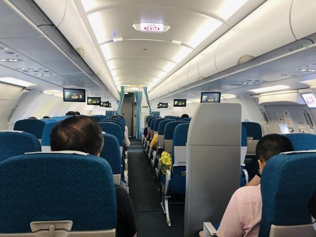 Nam hành khách đột ngột khó thở, nguy kịch trên máy bay - 1