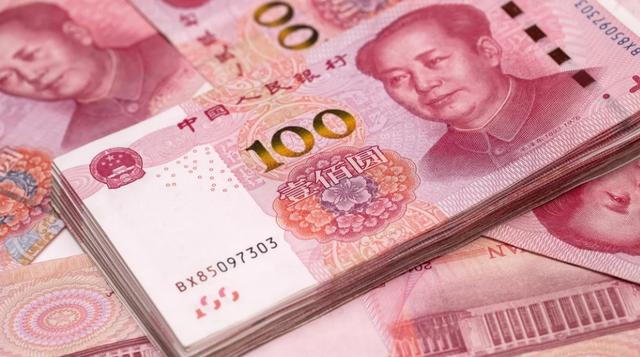 Ông bố Trung Quốc bán con trai lấy tiền đưa vợ mới đi du lịch - 1