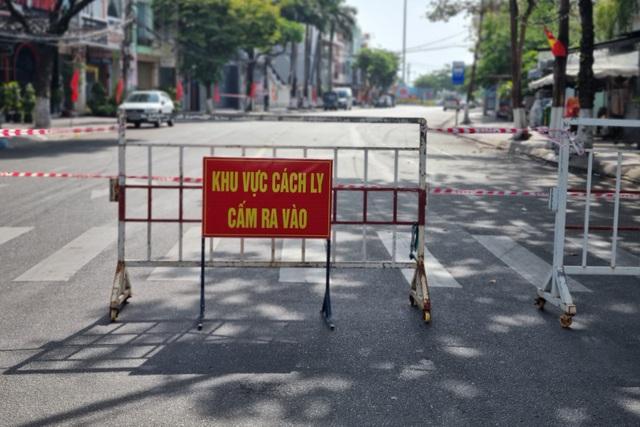 Đà Nẵng thêm 2 ca dương tính SARS-CoV-2, sống cạnh quán bar New Phương Đông - 1