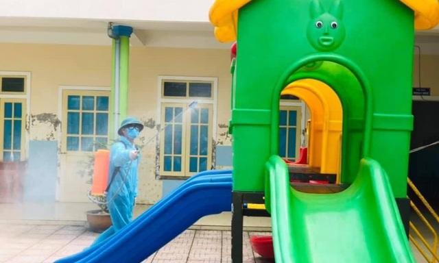 Hà Tĩnh: Hơn 80.000 học sinh mầm non nghỉ học để phòng dịch Covid-19 - 1