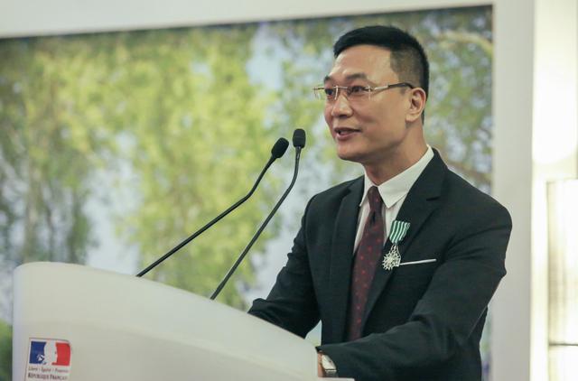 TS Trần Văn Công được Pháp trao Huân chương Hiệp sĩ Nghệ thuật và Văn học - 2