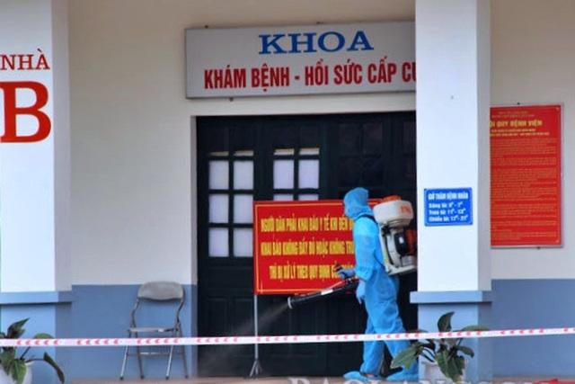 Tiếp nhận bệnh nhân dương tính SARS-CoV-2, BV Phổi Lạng Sơn bị phong tỏa - 1