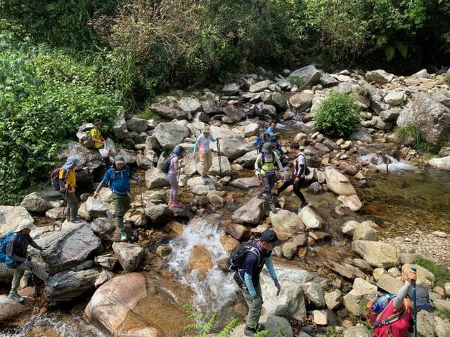 Hành trình chinh phục cột mốc biên giới cao nhất Việt Nam - 4