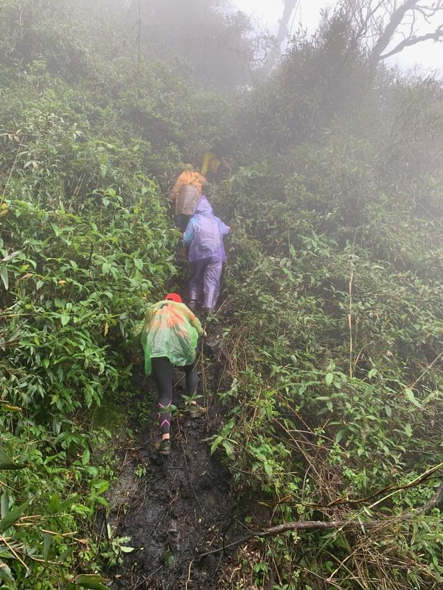 Hành trình chinh phục cột mốc biên giới cao nhất Việt Nam - 7
