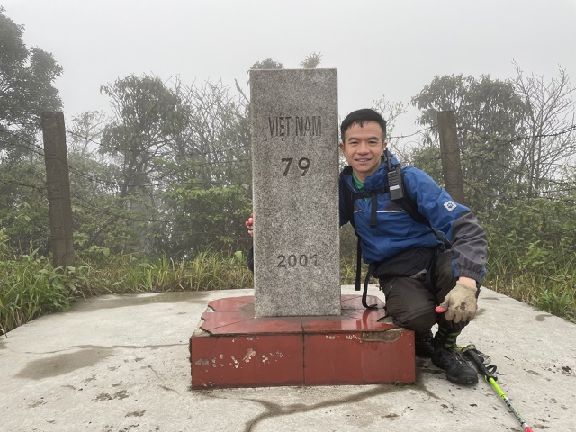 Hành trình chinh phục cột mốc biên giới cao nhất Việt Nam - 11
