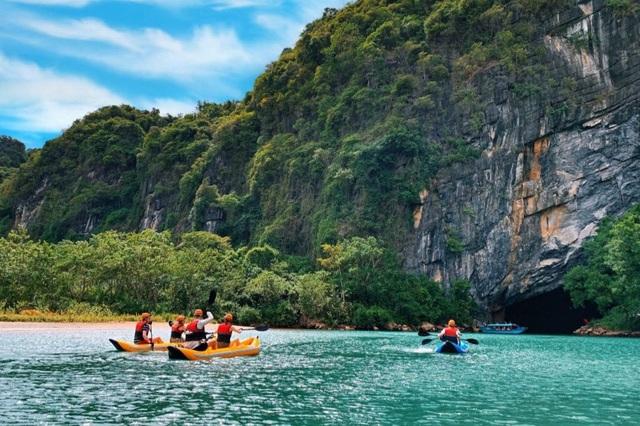 Vì Covid-19, Quảng Bình phải tạm đóng cửa hàng loạt điểm du lịch nổi tiếng - 1