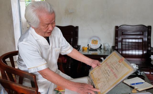 Cựu binh quân y Điện Biên Phủ: Lính trận băng vết thương xong lại ôm súng - 4