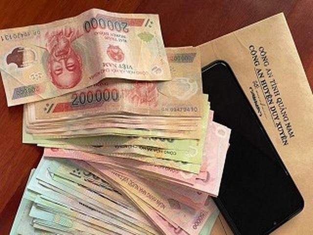 Triệt phá đường dây đánh bạc với số tiền giao dịch hơn 20 tỷ đồng - 1