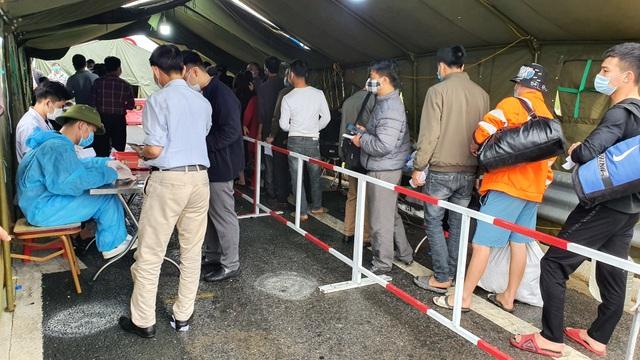 Quảng Ninh tái lập các chốt kiểm soát dịch tại cửa ngõ từ 0h đêm nay - 2