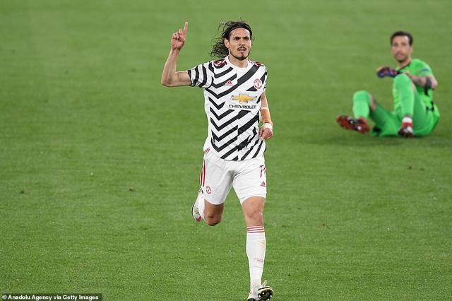 Man Utd thua AS Roma trong ngày Cavani lập cú đúp - 2