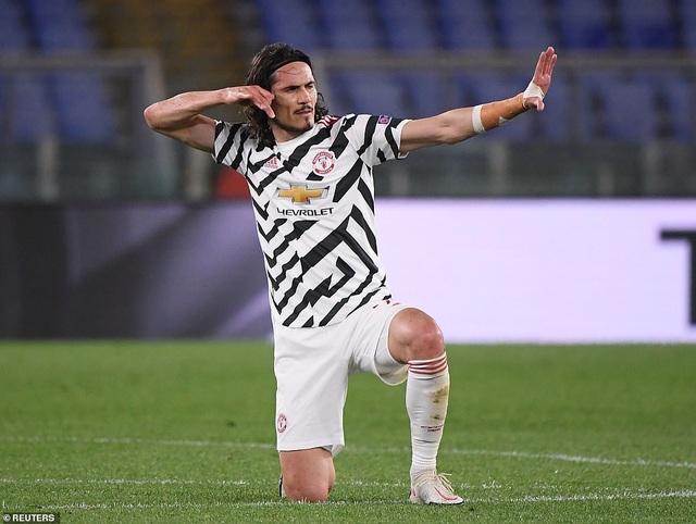 Man Utd thua AS Roma trong ngày Cavani lập cú đúp - 8