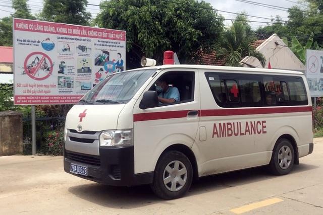 Phú Yên: 9 học sinh nhập viện sau khi uống thuốc tẩy giun - 1